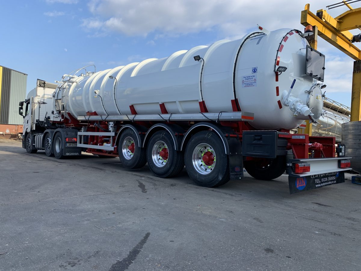 Liquiline take delivery RCV ultra last 30000 litre 304 stainless steel vacuum tanker